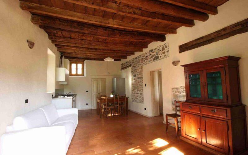 Maslianico – Country house Cozzena, Barbera